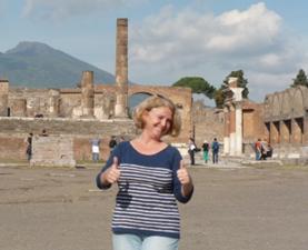 Kontakt Jeannette Vlietstra von Pompeiireisen